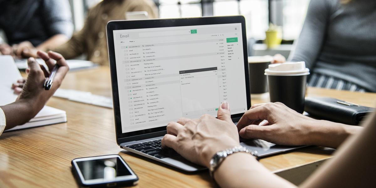 Jak budować markę osobistą co powinno znaleźć się na stronie